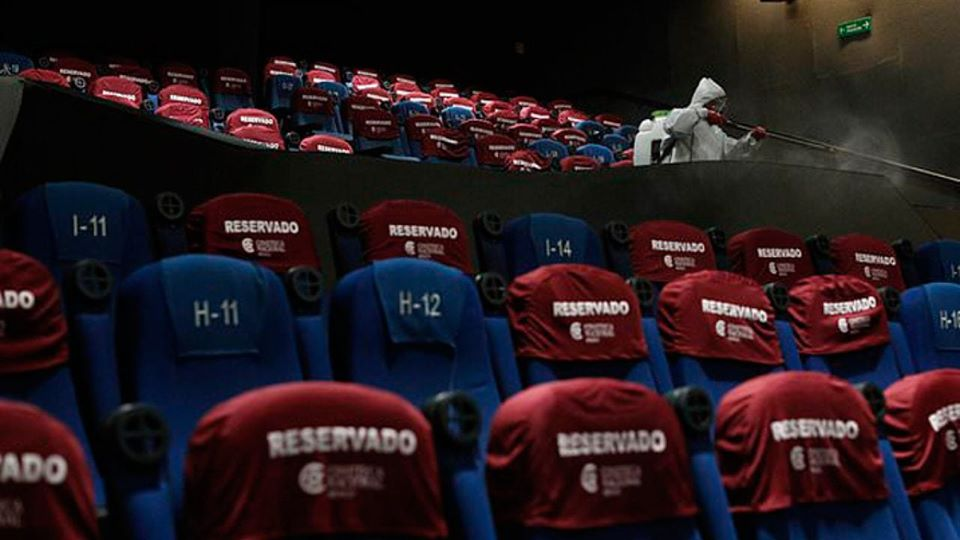 Mexico City reopens movie theatres to sparse crowds 1