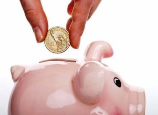 10 Tips to Save Money as a Student